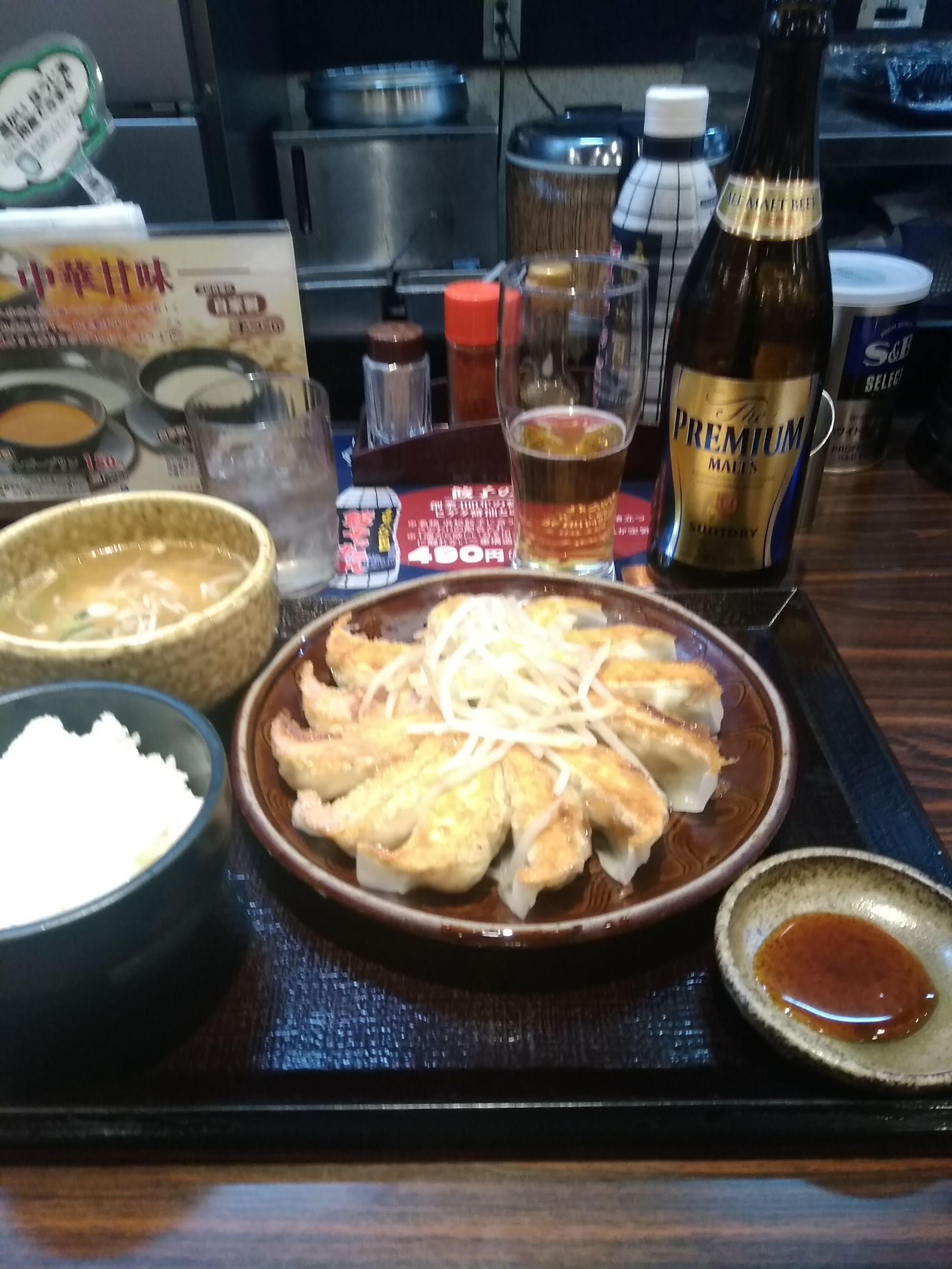 今夜は浜松餃子定食だに